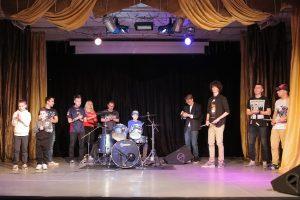Фото с отчетного концерта барабанной школы под управлением Александра Ноздрина